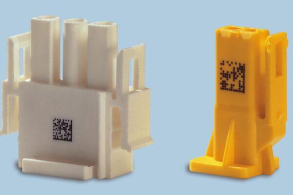 alphaJET into mustesuihkutulostimen jälki pienissä muovikomponenteissa